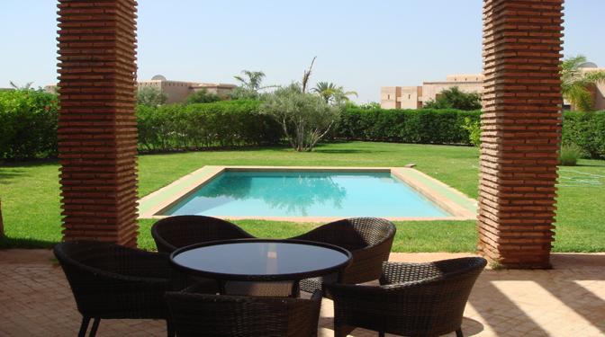 Vente villa avec piscine priv e marrakech r f v v 772 for Piscine privee marrakech